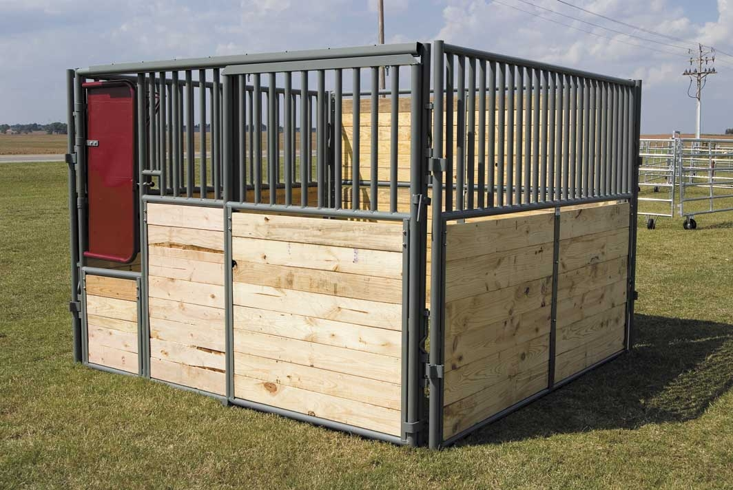 classic-horse-stall